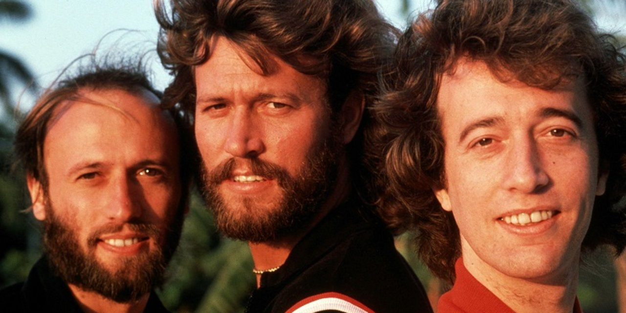 THE BEE GEES 800
